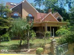House for sale in kitasuru 1/4 acre asking 70m