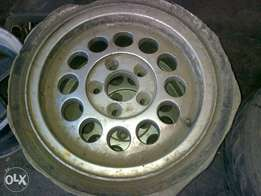Vw microbus 5 hole mags,only 2
