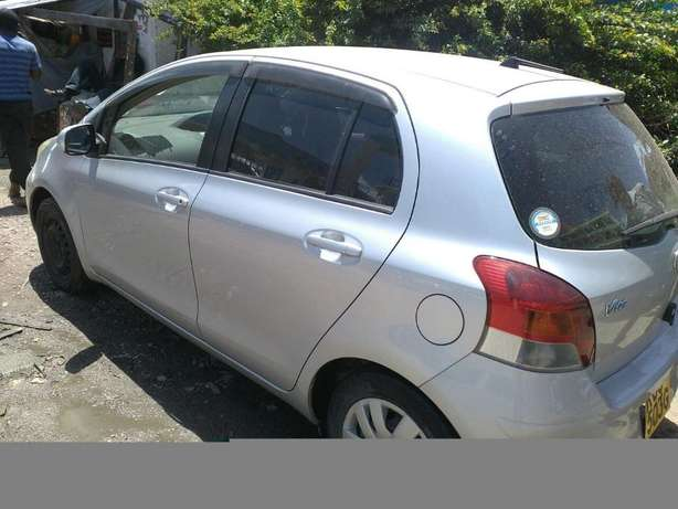 Quick Sale : Toyota Vitz 1300CC for Sale ! Ruiru - image 4