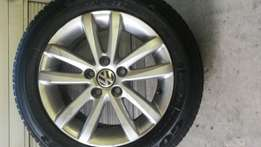 Original 14 inch polo vivo mags and tyres