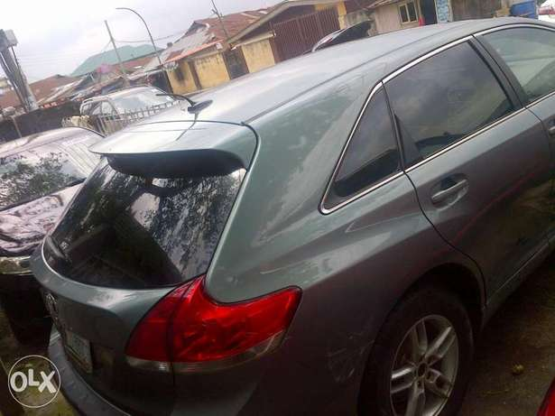 Xcellent 6 month used Toyota venza Apapa - image 2