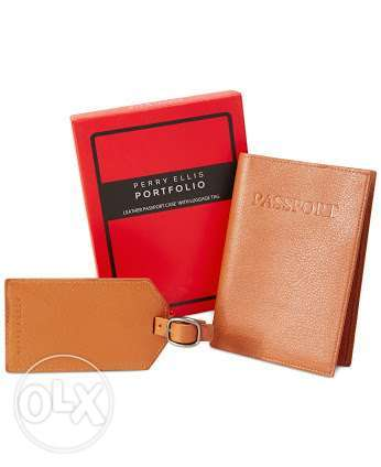 Perry Ellis passport case with luggage tag