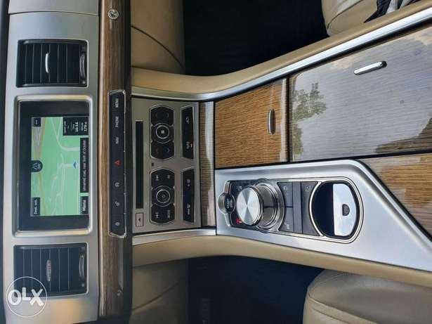 Jaguar xf premium luxury. 2 tone interior color 6 أكتوبر -  2
