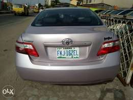 2 month registered 2009 Toyota Camry with leather interior for sale