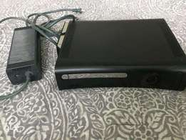 Xbox 360 jasper phat model 120 gb hdd 1 controller 2 original games