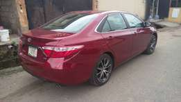 2017 Toyota Camry XSE (FOREIGN USED)