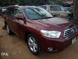 Fairly Used 2010 Toyota Highlander Limited For N4.5Million