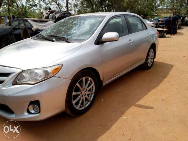 Sparkling clean firstbody 2012 Toyota Corolla Ibadan North - image 5