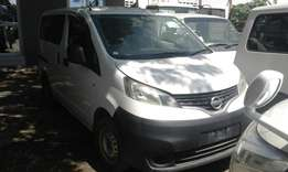 Nissan vanette mv 200 manual white