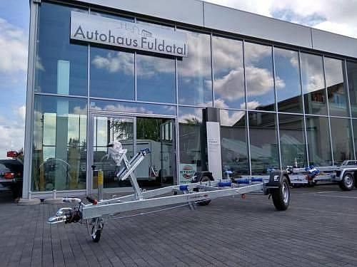 Böckmann NEUFAHRZEUG Bootstrailer 1300kg+Kurbelstützen - 2019