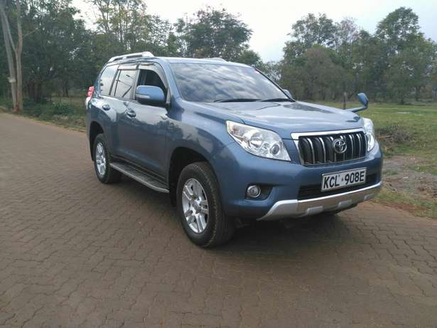 Toyota prado TZ 2011 with sunroof Ridgeways - image 1