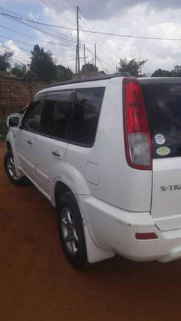 Nissan xtrail with perfect engine new tyres with perfect engine Kampala - image 2