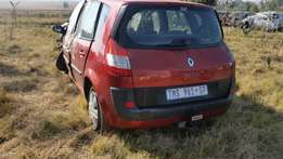 Renault scenic 1.9dci.2004 stripping for spares from R100