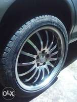 Quick sale, alloy Rims18'' for Quick sale goes for 5k each or trade in