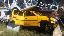 Now Stripping Opel Corsa 1.4i