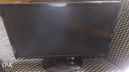 Fairly used beng24inch led monitor, 4 cool price