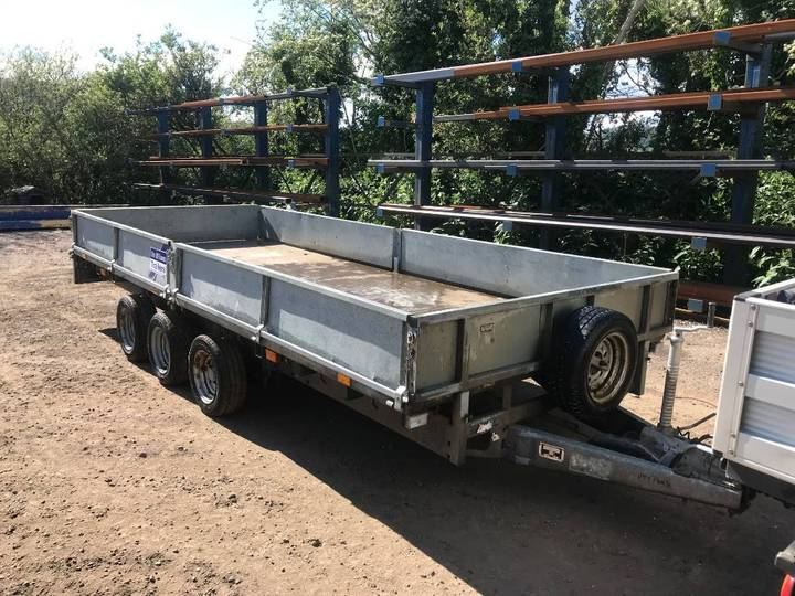 Ifor Williams 16ft Tri Axle Flat Bed Trailer - 2011