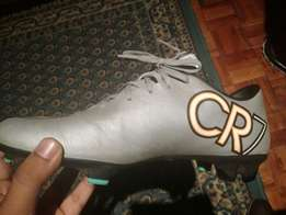 cr7 soccer boots