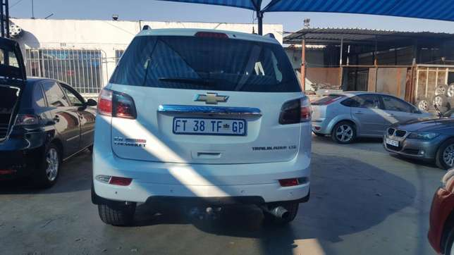 Chevrolet Trailblazer 2015 2.8LTZ Automatic very clean low millage Jeppestown - image 2