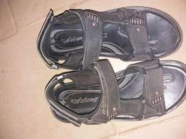 Good lasting leather sandals for sale