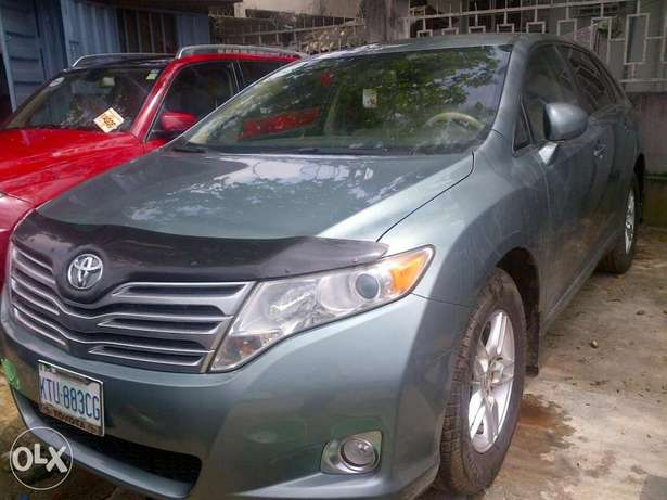 Xcellent 6 month used Toyota venza Apapa - image 3