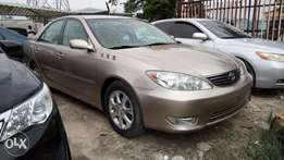 Fully Optioned 2005 Toyota Camry XLE V6 With Auto Leather Cold AC.