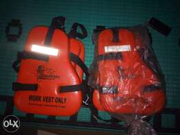2 New life jacket with reflector for sale