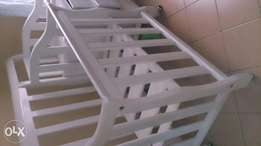Baby cot with mattress and net