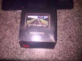 Tomtom GO LIVE 820 gps FREE LIFE TIME maps of SA excellent condition