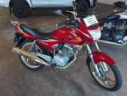2014 Honda 125cc Estorm (LIKE NEW)