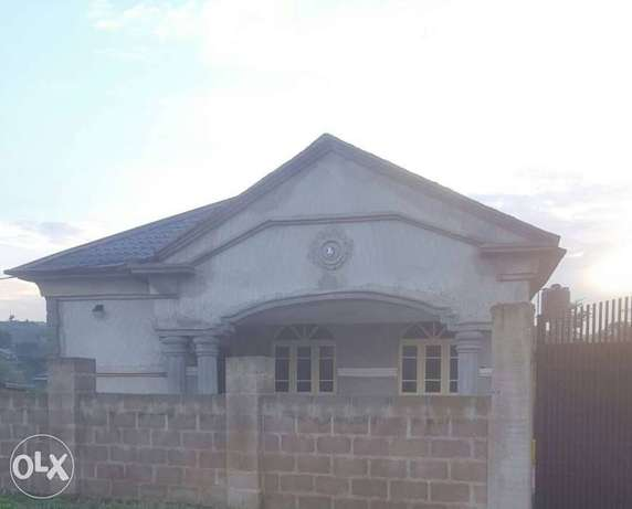 Tastefully 4 bedrooms bungalow for sale at agara,off akala express Ibadan South West - image 2