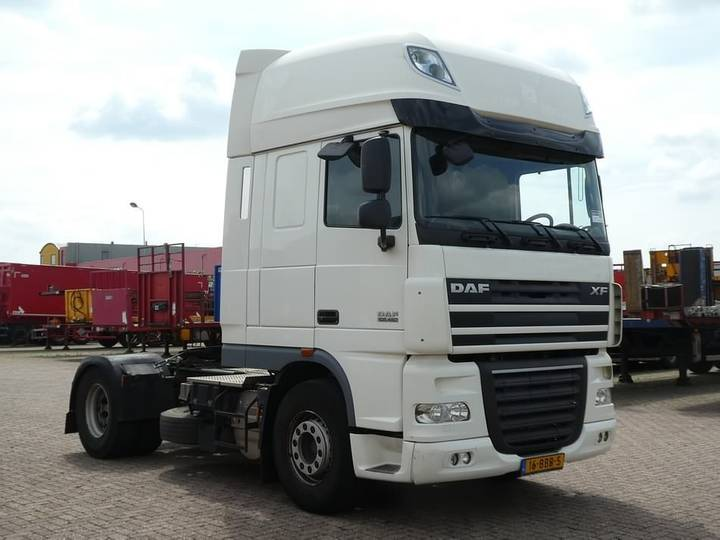 DAF XF 105.460 superspacecab - 2012 - image 2