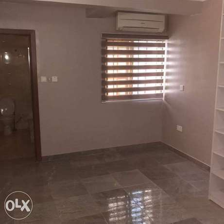 Luxury 4bedrooms duplex with a rom bq for sale inside Lekki phase1 75M Ojodu - image 5