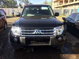 Mitsubishi Pajero KCK Fully Loaded 4wd optional 7 seater