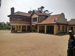 Runda 6 bdrm double storey house: To let
