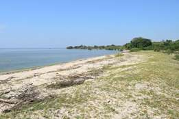 90 acre cheap Beach land 30m per acre
