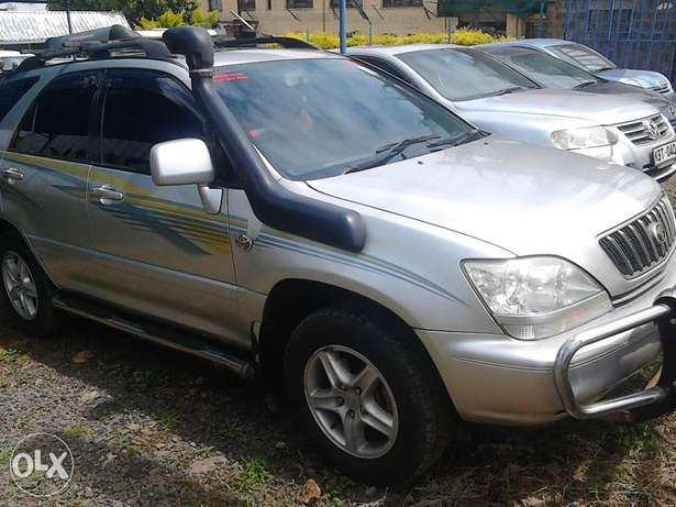 Toyota harrier petrol engine auto very very nice car and unique Langata - image 4