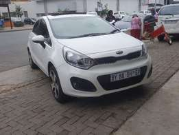 Kia Rio 1.4 5dr 2012 model 79000km R153000 cash or finance AA repor