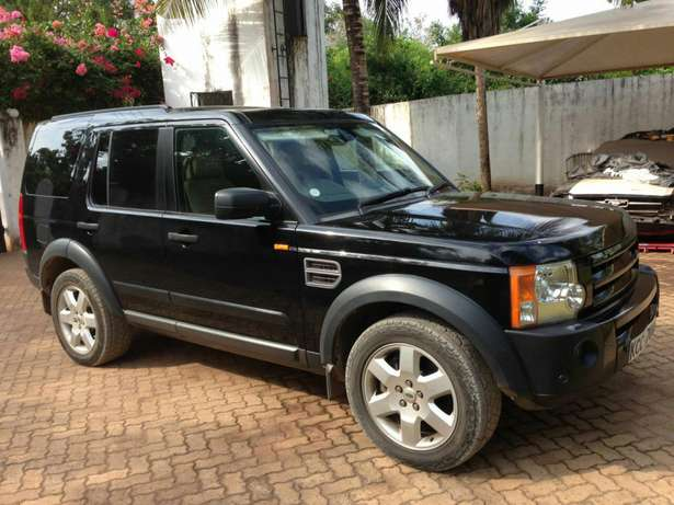 Land Rover Discovery 3 - Excellent Condition Diani Beach - image 2