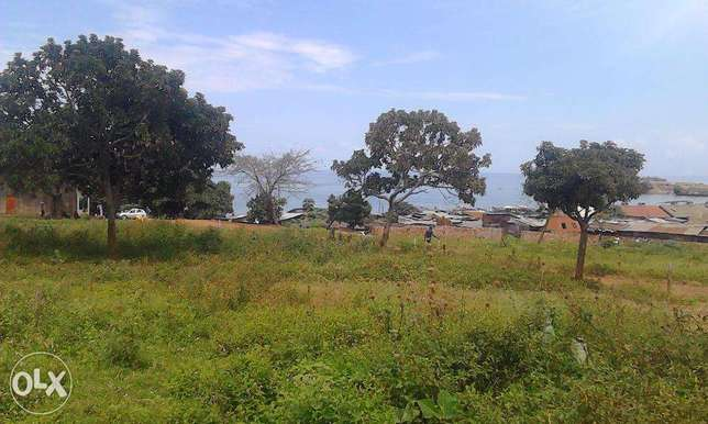 50x100 plot on sale with vast lake view of kasenyi landing site Entebbe - image 4