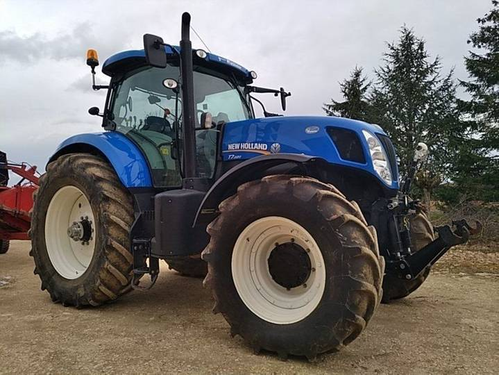 New Holland t7.220 - 2014 - image 4