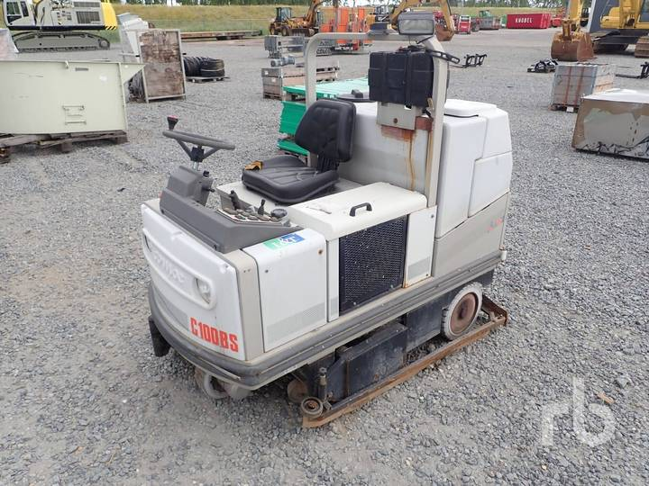 Comac C100BS Ride On Vacuum - 2004