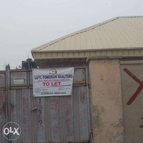 renovated Exclusive 3 Bedroom Bungalow (GATED) for rent in Kubwa Abuja - image 1