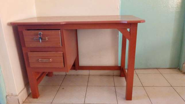 Excellent study table Kasarani - image 1