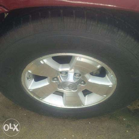 Tokunbo Toyota 4Runner, 2007, 2-Row Leather Seat, Very OK. Lagos Island East - image 8