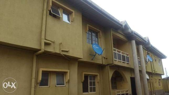 Neat 3bedroom flat 300k at Igando yearly rent with 3toilets. Ikotun - image 6