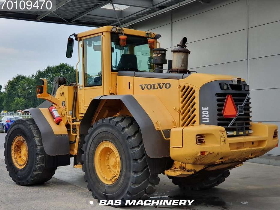 Volvo L120E From first owner - nice machine - 2003 - image 2