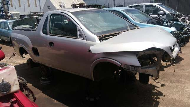 Opel Gamma Stripping for PARTS!! Johannesburg - image 2