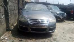 very sharp Volkswagen Passat 2005 model