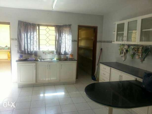 Hse for sale elgon view on half an acre Eldoret South - image 4